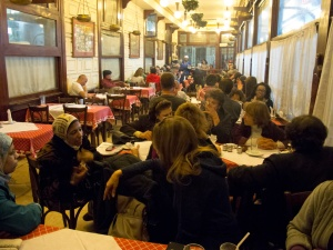 Attiviste e politiche al Cafè Riche, Cairo