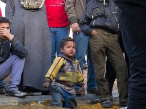 Bambino di strada a Tahrir (2012)