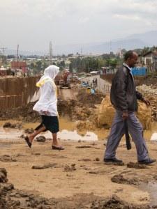 Addis Abeba costruzioni stradali